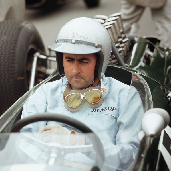 Brands Hatch, England.9-11 July 1964.Jack Brabham (Brabham Racing) 4th position.Ref-3/1328.World Copyright - LAT Photographic