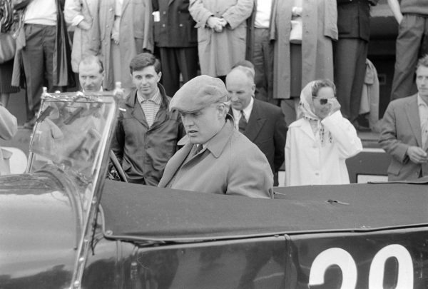 Mike Hawthorn in a Bentley before the start of the Pre-1939 Retrospective of Le Mans demonstration race.