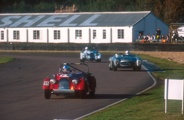 2001 Goodwood Revival.Goodwood, Sussex, England.15-16 September 2001.Charles Morgan (Morgan Plus 4) 1st position followed by Graham Scott (Mercedes-Benz 300SLS) 2nd position in the Fordwater Trophy race. Ref-01 GR 55.World Copyright - LAT Photographic
