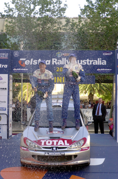 2001 World Rally ChampionshipTelstra Rally Australia, Perth, WA. 1-4 November 2001.Marcus Gronholm celebrates on the podium.Photo: Ralph Hardwick/LAT