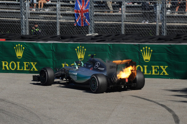 Nico Rosberg (GER) Mercedes AMG F1 W06 retires from the race at Formula One World Championship, Rd12, Italian Grand Prix, Race, Monza, Italy, Sunday 6  September 2015. BEST IMAGE