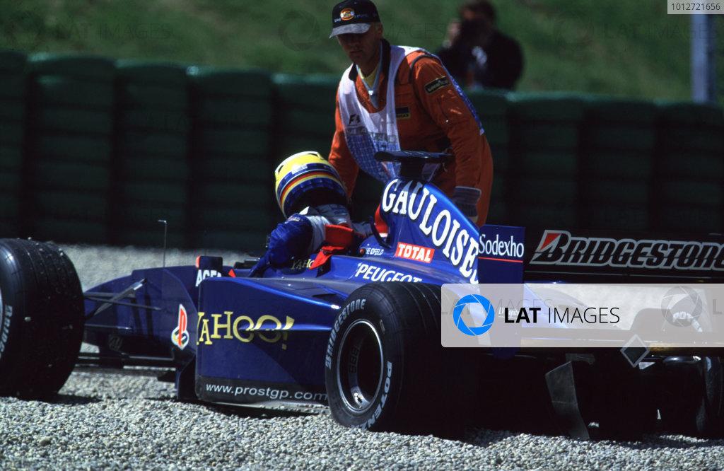 2000 Austrian Grand Prix.A1-Ring, Zeltweg, Austria.14-16 July 2000.Nick Heidfeld (Prost AP03 Peugeot) retires after having a collision with team mate Jean Alesi.World Copyright - LAT PhotographicFormat: 35mm Transparency