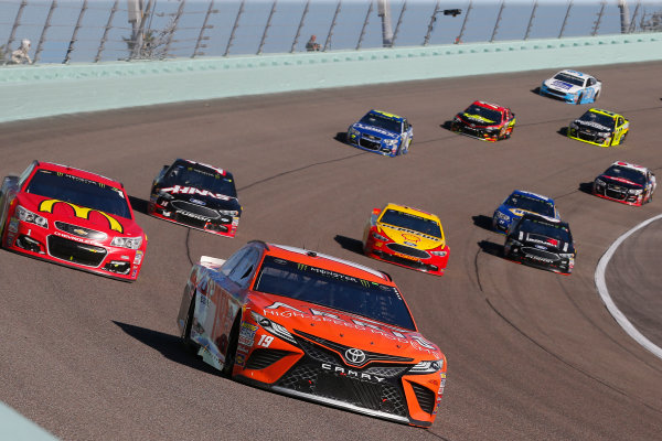 Monster Energy NASCAR Cup Series Ford EcoBoost 400 Homestead-Miami Speedway, Homestead, FL USA Sunday 19 November 2017 Daniel Suarez, Joe Gibbs Racing, ARRIS Toyota Camry and Jamie McMurray, Chip Ganassi Racing, McDonald's Chevrolet SS World Copyright: Russell LaBounty LAT Images