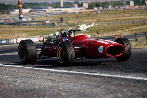 Jarama, Spain. 12 May 1968. Rd 2. Chris Amon (Ferrari 312), retired, action. World Copyright: LAT Photographic. Ref: 68ESP13