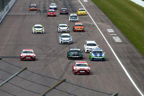 2017 VAG Trophy Rockingham, England. 29th-30th April 2017, Start of the race  World copyright. JEP/LAT Images