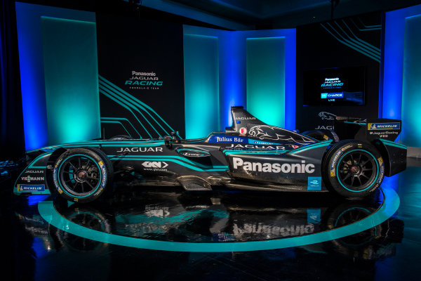 Panasonic Jaguar Racing RE:CHARGE LIVE EVENT Whitely Engineering Centre, Warwickshire, UK Thursday 21 September 2017. The new Jaguar Racing I-TYPE 2 Formula E car Photo: Alastair Staley/LAT/Jaguar ref: Digital Image 580A1217
