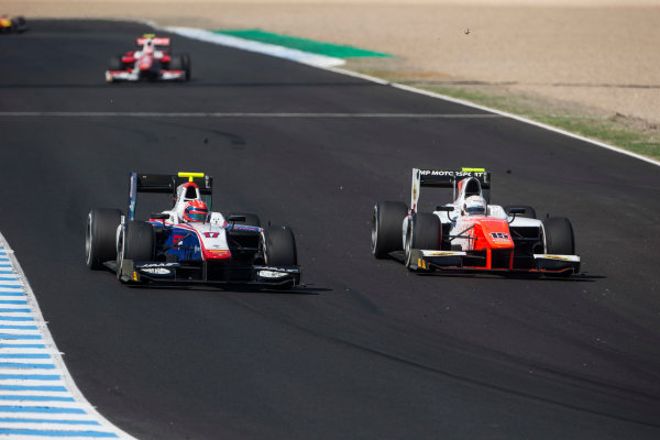 2017 FIA Formula 2 Round 10. Circuito de Jerez, Jerez, Spain. Saturday 7 October 2017. Santino Ferrucci (USA, Trident) and Jordan King (GBR, MP Motorsport).  Photo: Andrew Ferraro/FIA Formula 2. ref: Digital Image _FER1956