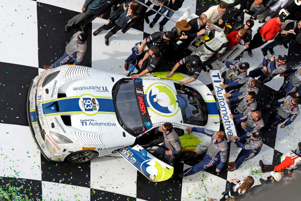 22-25 January, 2015, Daytona Beach, Florida USA Into VL. 93, Viper V10, SRT GT3-R, GTD, Al Carter, Ben Keating, Dominik Farnbacher, Kuno Wittmer, Cameron Lawrence ?2015, F. Peirce Williams LAT Photo USA