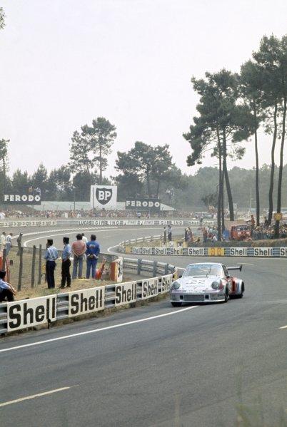 1974 Le Mans 24 hours.Le Mans, France. 15-16 June 1974.Gijs van Lennep/Herbert Muller (Porsche Turbo RSR), 2nd position.World Copyright: LAT PhotographicRef: 35mm transparency 74LM13
