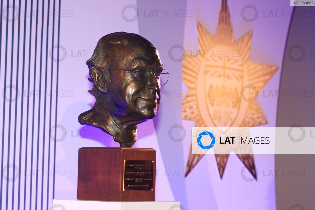 Grand Connaught Rooms, London, England. 3rd December 2012. The unveiling of a new bust of FIA Formula 1 Safety and Medical Delegate, Sid Watkins. World Copyright: Jakob Ebrey/LAT Photographic ref: Digital Image Watkins_022