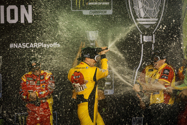 Champion #18: Kyle Busch, Joe Gibbs Racing, Toyota Camry M&M's, podium, champagne