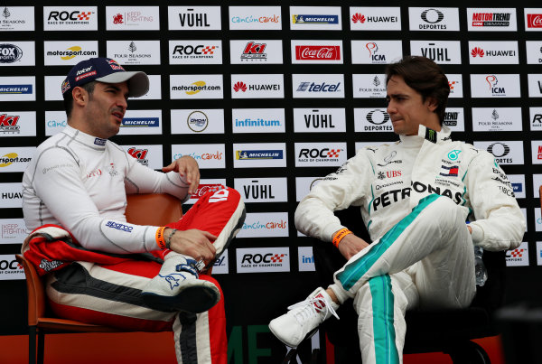 Memo Rojas (MEX) talks with Esteban Gutierrez (MEX)