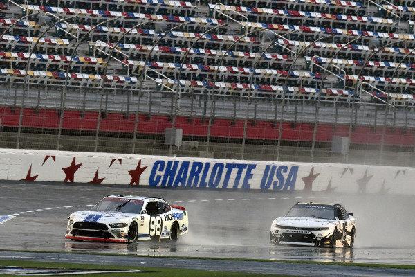 #98: Chase Briscoe, Stewart-Haas Racing, Ford Mustang Ford Performance Racing School and #16: A.J. Allmendinger, Kaulig Racing, Chevrolet Camaro Ellsworth Advisors
