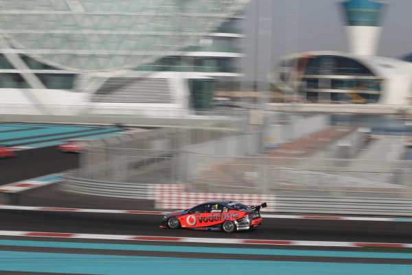 Yas Marina Circuit. Abu Dhabi, UAE.19th - 20th February 2010.Car 1, Commodore VE, Holden, Jamie Whincup, T8, TeamVodafone, Triple Eight Race Engineering, Triple Eight Racing.World Copyright: Mark Horsburgh/LAT Photographicref: Digital Image 1-Whincup-EV01-3245