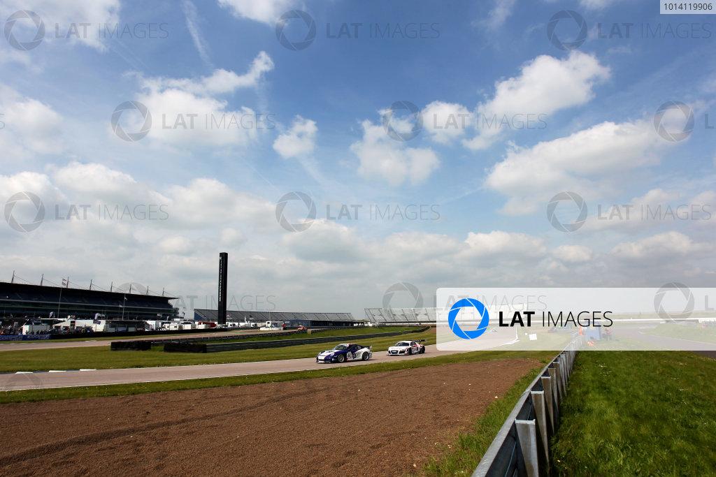 2014 Avon Tyres British GT Championship, Rockingham Motor Speedway, Northamptonshire. 4th - 5th