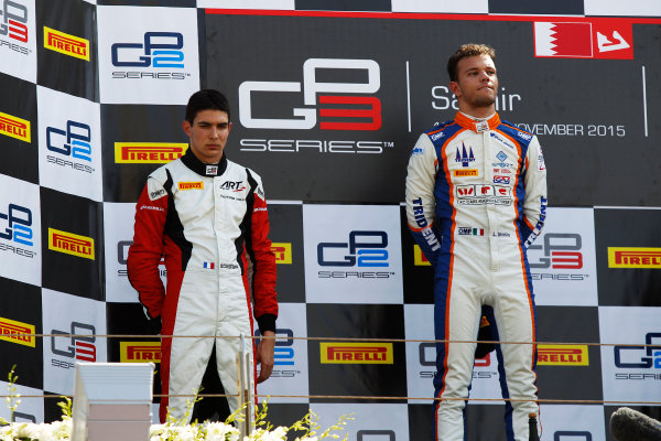 2015 GP3 Series Round 8. Bahrain International Circuit, Bahrain Saturday 21 November 2015. Esteban Ocon (FRA, ART Grand Prix) & Luca Ghiotto (ITA, Trident)  Photo: Sam Bloxham/GP3 Series Media Service. ref: Digital Image _G7C1123