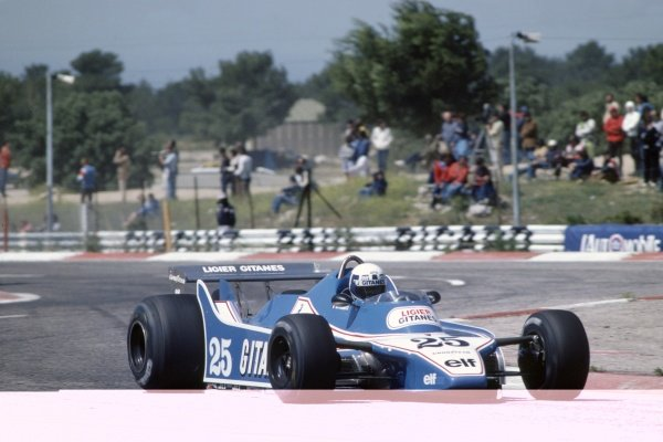 1980 French Grand Prix.Paul Ricard, France. 27-29 June 1980.Didier Pironi (Ligier JS11/15-Ford Cosworth), 2nd position.World Copyright: LAT PhotographicRef: 35mm transparency 80FRA11