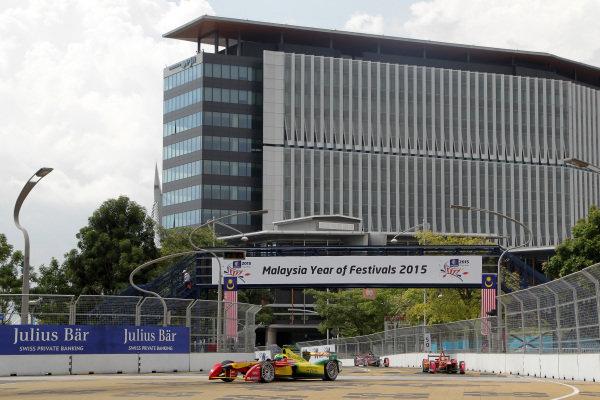 Putrajaya E-Prix, Race. Putrajaya E-Prix, Malaysia - 20th-22nd November 2014. Saturday 22 November 2014. Lucas di Grassi (BRA)/Audi Abt Sport - Spark-Renault SRT_01E  Photo: Michael Hoyer - Jakob Ebrey/LAT/ Formula E ref: Digital Image EL0G1168