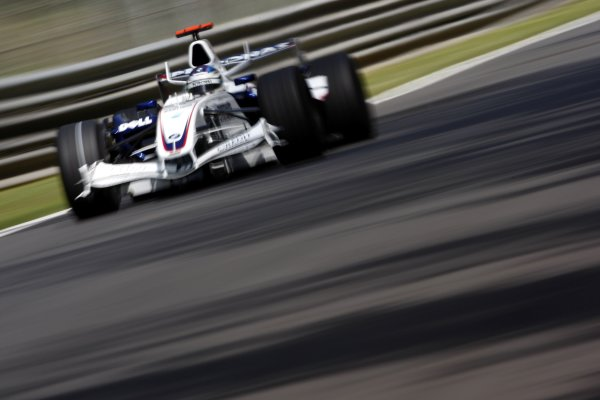 2007 Italian Grand Prix - Friday PracticeAutodromo di Monza, Monza, Italy.7th September 2007.Nick Heidfeld, BMW Sauber F1 07. Action. World Copyright: Lorenzo Bellanca/LAT Photographicref: Digital Image _64I5074