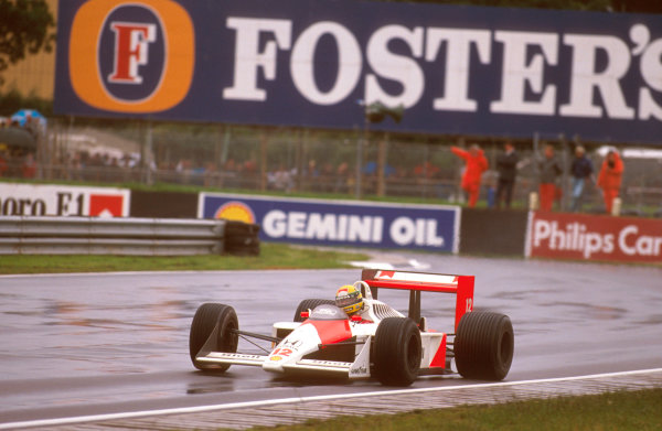 Silverstone, England. 8th - 10th July 1988. Ayrton Senna (McLaren MP4/4 Honda) 1st position, action. World Copyright: LAT Photographic. Ref: 88GB15.