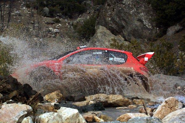 2003 FIA World Rally Championship. Kemer, Turkey. Rd3.26/2-2/3 2003.Harri Rovanpera/Risto Peitilainen (Peugeot 206 WRC).World Copyright: McKlein/LAT Photographic