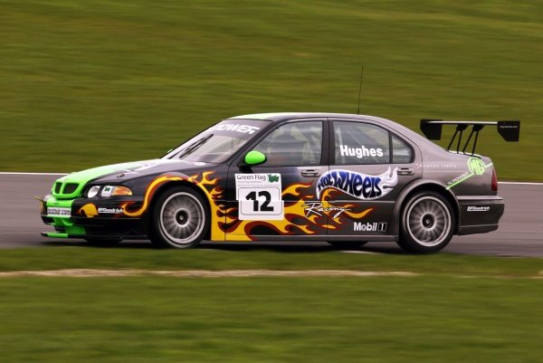 Warren Hughes (GBR) testing the MG Sport ZS.British Touring Car Media Day, Brands Hatch, England.19 March 2002.