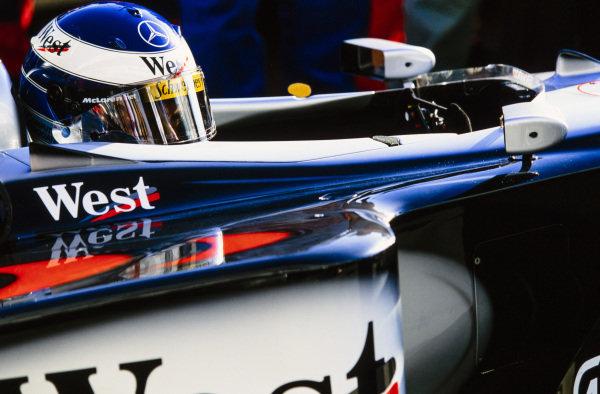 Mika Häkkinen, McLaren MP4-14 Mercedes.