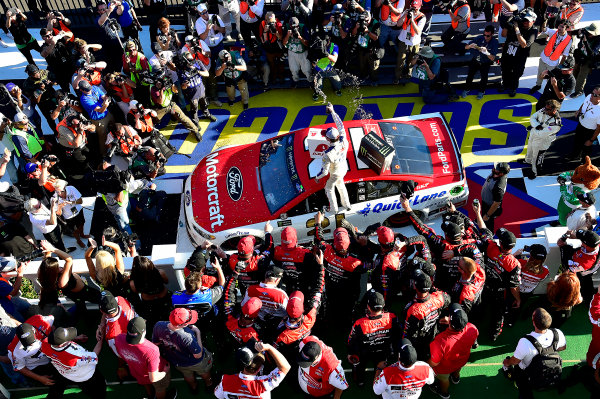 Monster Energy NASCAR Cup Series AXALTA presents the Pocono 400 Pocono Raceway, Long Pond, PA USA Sunday 11 June 2017 Ryan Blaney, Wood Brothers Racing, Motorcraft/Quick Lane Tire & Auto Center Ford Fusion wins. World Copyright: Rusty Jarrett LAT Images ref: Digital Image 17POC1rj_3596