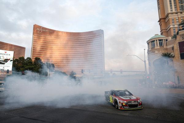 3-5 December, 2014, Las Vegas, Nevada USA Jeff Gordon burnout ©2014, Michael L. Levitt LAT Photo USA