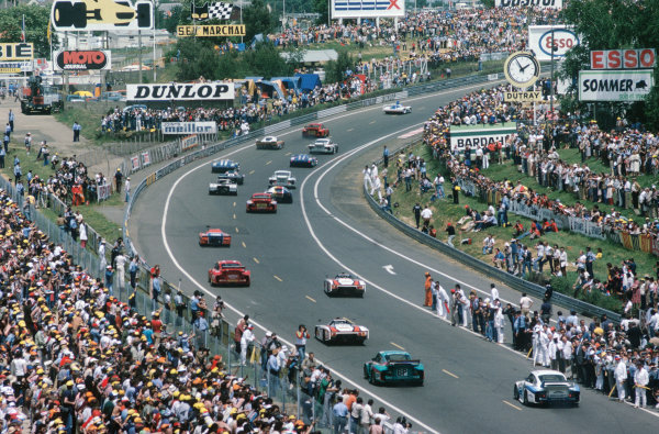 Le Mans, France. 9th - 10th June 1979 The cars move off onto the formation lap, action. World Copyright: LAT Photographic Ref: 79LM11.