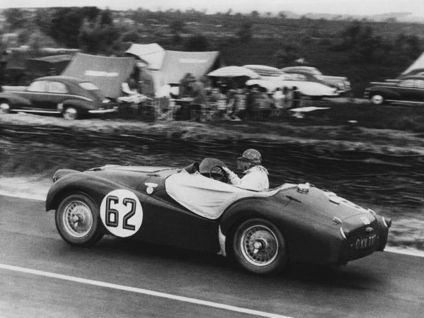 Le Mans, France. 12th - 13th June 1954 Edgar B. Wadsworth/John Brown (Triumph TR2), 15th position, action. World Copyright: LAT Photographic Ref: B/WPRINT.
