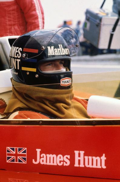 Jarama, Spain. 2nd May 1976.  James Hunt (McLaren M23-Ford), 1st position, in the pits, portrait.  World Copyright: LAT Photographic.  Ref:  76 ESP 42.