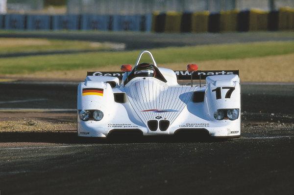 Le Mans, France. 1st - 2nd May 1999.Jorg Muller (BMW V12 LMR). action. World Copyright - McMaster/LAT PhotographicRef: 99_LM_d
