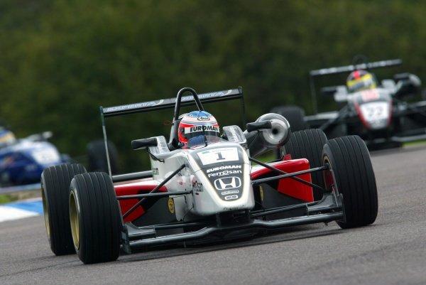 Christian Bakkerud (DEN) Carlin Motorsport British Formula Three, Thruxton, England.23rd September 2006DIGITAL IMAGE