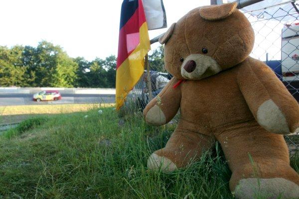 A Teddy Bear Picnic in the woods.Nurburgring 24 Hour Race, Nurburgring, Germany 17-18 June 2006DIGITAL IMAGE