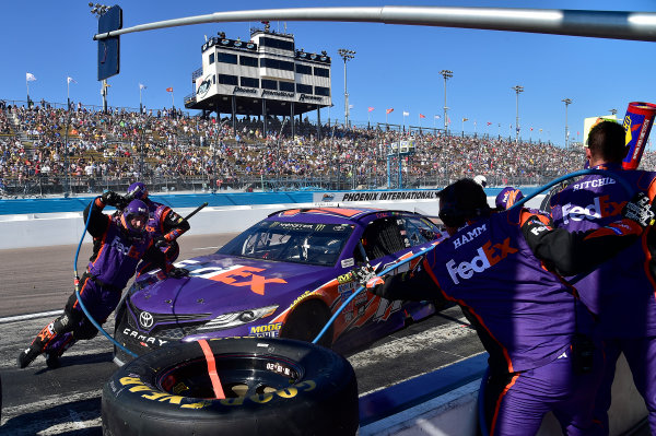 2017 Monster Energy NASCAR Cup Series Camping World 500 Phoenix International Raceway, Avondale, AZ USA Sunday 19 March 2017 Denny Hamlin, FedEx Freight Toyota Camry World Copyright: Rusty Jarrett/LAT Images ref: Digital Image 17PHX1rj_3057