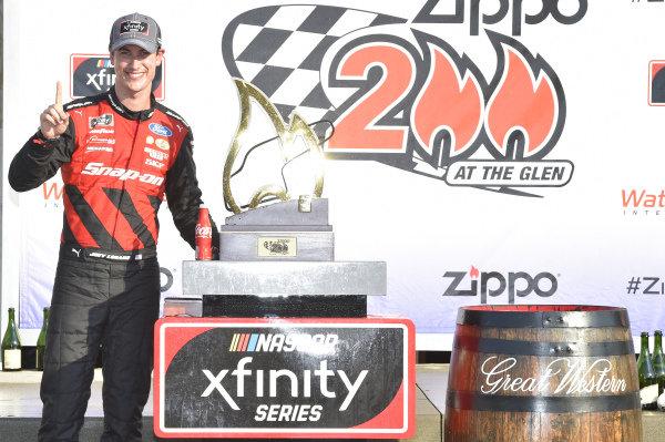#22: Joey Logano, Team Penske, Ford Mustang Snap On, celebrates in Victory Lane.