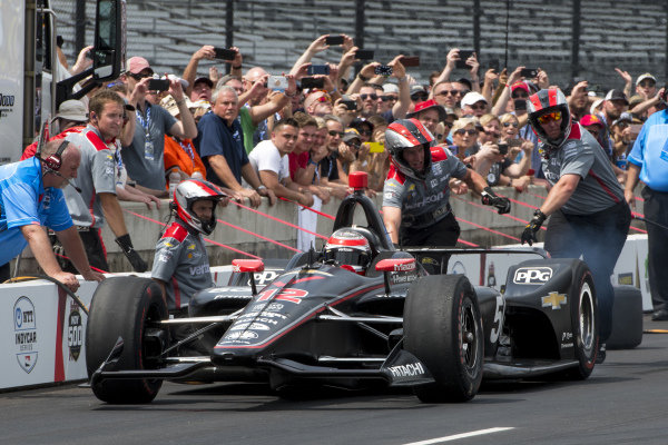 Will Power, Team Penske Chevrolet, during pit stop competition