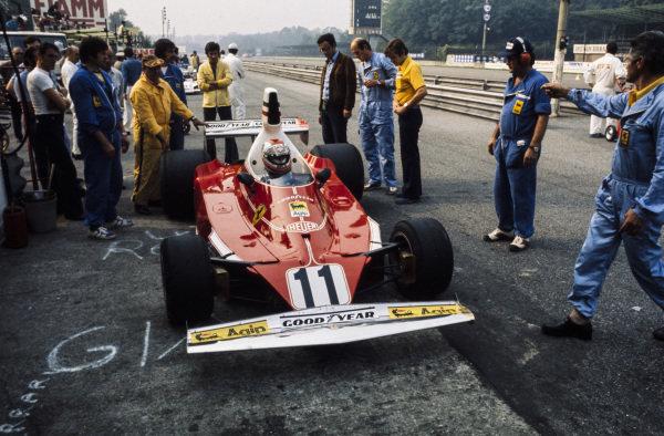Clay Regazzoni, Ferrari 312T in the pitlane.