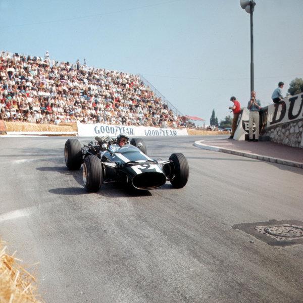 Monte Carlo, Monaco. 19-22 May 1966.Richie Ginther (Cooper T81 Maserati).Ref-3/2095.World Copyright - LAT Photographic