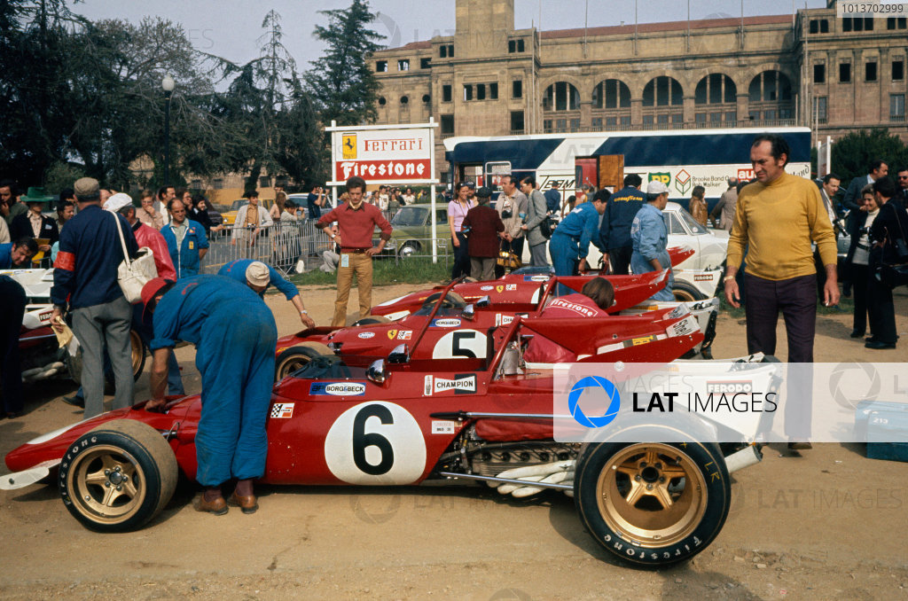 Montjuich Park, Barcelona, Spain. 16-18 April 1971.The Ferrari 312B's in the paddock, action. World Copyright: LAT Photographic.Ref:  71ESP a.