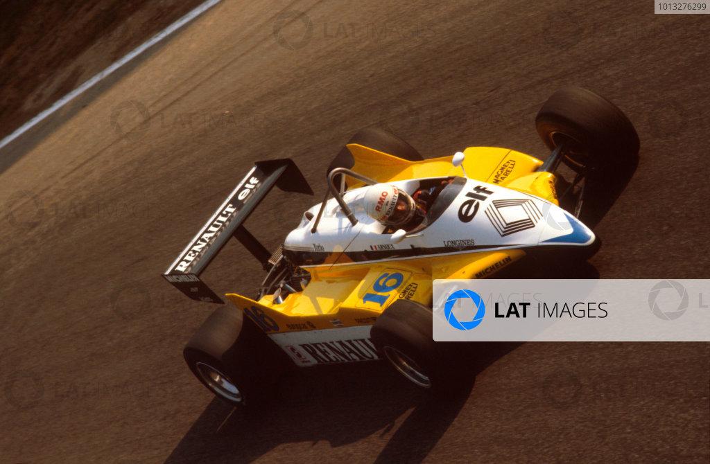 Monza, Italy.10-12 September 1982.Rene Arnoux (Renault RE30B) 1st position.Ref-82 ITA 08.World Copyright - LAT Photographic
