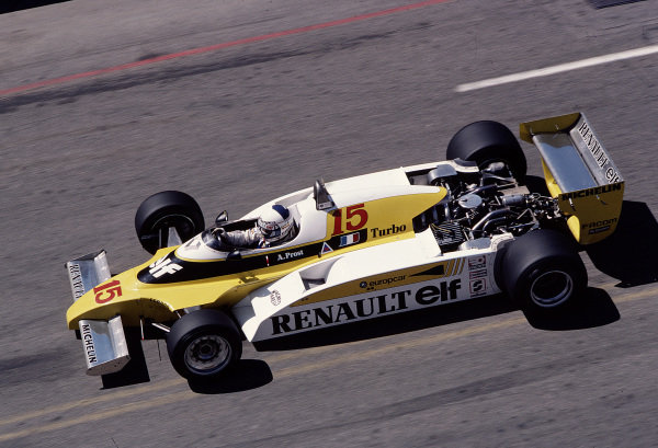 1981 United States Grand Prix West.Long Beach, California, USA.13-15 March 1981.Alain Prost (Renault RE20B).Ref-81 LB 45.World Copyright - LAT Photographic
