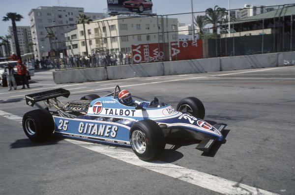 1982 United States Grand Prix West.Long Beach, California, USA. 2-4 April 1982.Eddie Cheever (Ligier JS17-Matra), retired.World Copyright: LAT PhotographicRef: 35mm transparency 82LB14