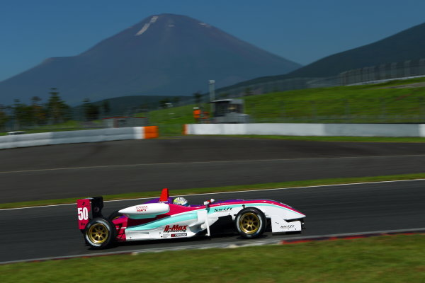 Fuji, Japan. 17th July 2011 Round 6 - Winner Yuhi Sekiguchi ( #50 B-MAX ENGINEERING ), action World Copyright: Yasushi Ishihara/LAT Photographicref: Digital Image 2011JF3_R6_004