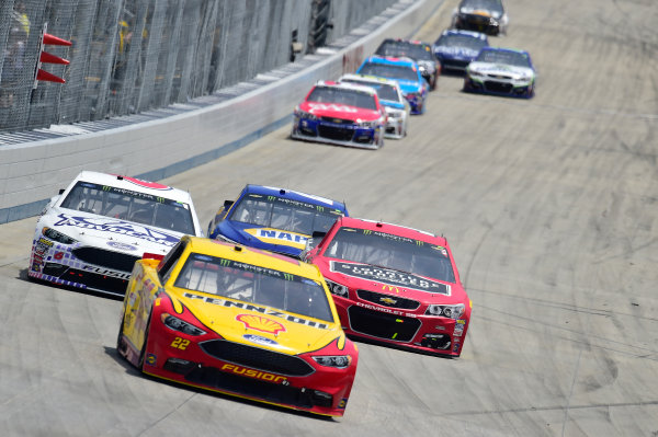 Monster Energy NASCAR Cup Series AAA 400 Drive for Autism Dover International Speedway, Dover, DE USA Sunday 4 June 2017 Joey Logano, Team Penske, Shell Pennzoil Ford Fusion, Trevor Bayne, Roush Fenway Racing, AdvoCare Ford Fusion, Jamie McMurray, Chip Ganassi Racing, McDonald's Chevrolet SS World Copyright: John K Harrelson LAT Images ref: Digital Image 17DOV1jh_06565