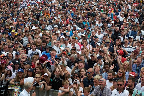 Silverstone, Northamptonshire, UK.  Sunday 16 July 2017. Fans at the stage. World Copyright: Steve Etherington/LAT Images  ref: Digital Image SNE19755