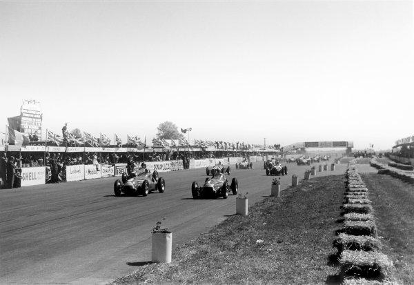 1950 British Grand Prix.Silverstone, Great Britain. 13th May 1950.Luigi Fagioli (Alfa Romeo 158, number 3) and Juan Manuel Fangio lead at the start.World Copyright: LAT Photographicref: 3734I/15