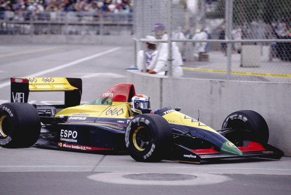 1990 United States Grand Prix.Phoenix, Arizona, USA.9-11 March 1990.Eric Bernard (Larrousse/Lola LC89 Lamborghini) 8th position.Ref-90 USA 52.World Copyright - LAT Photographic