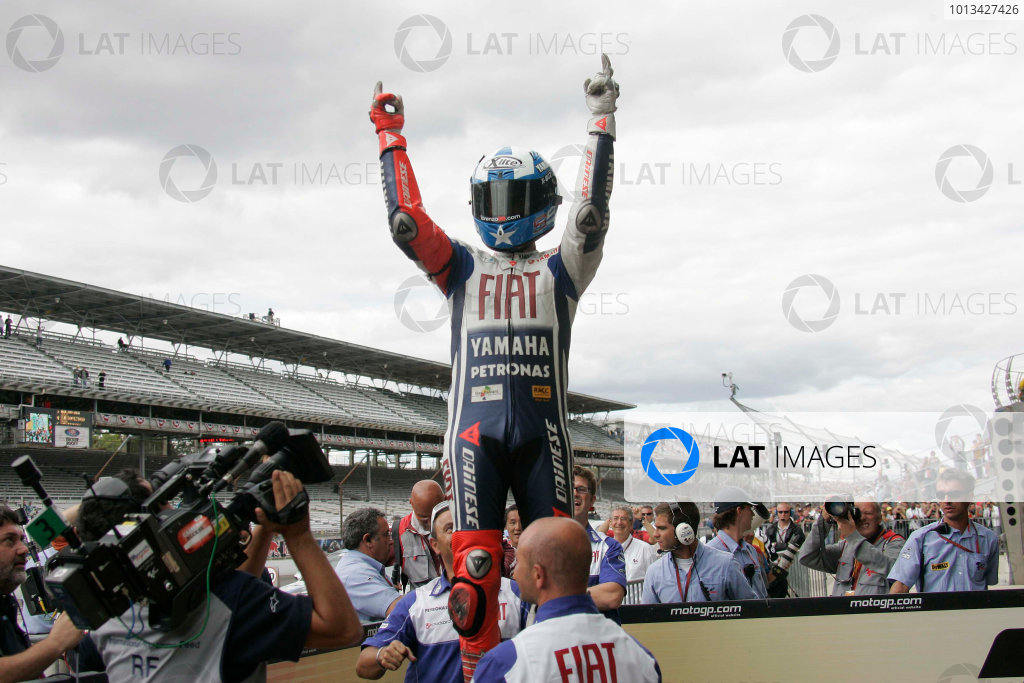 Indianapolis Grand Prix, Indianapolis, USA.28th - 30th August 2009.Jorge Lorenzo Fiat Yamaha Team celebrates his win.World Copyright: Martin Heath/LAT Photographic ref: Digital Image _D7P8820